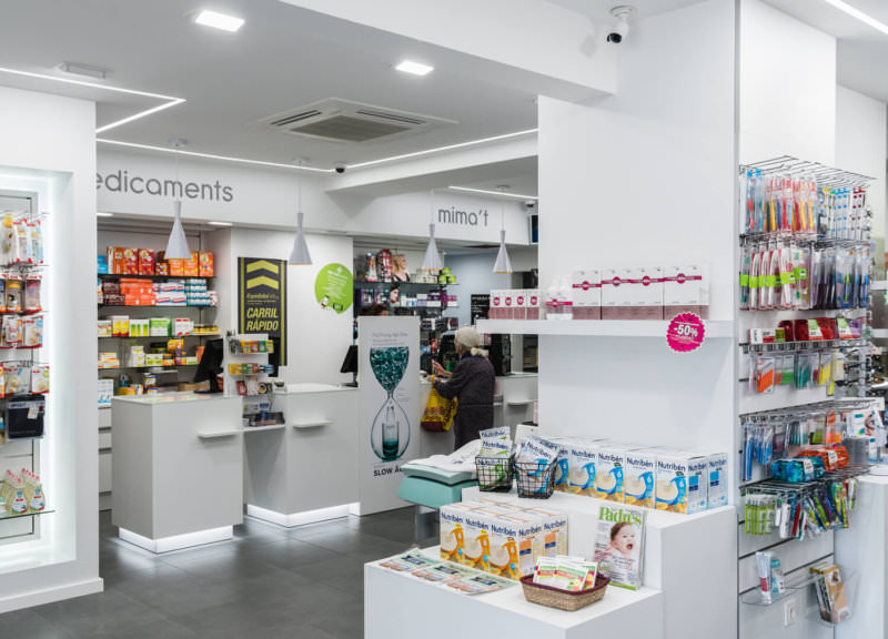 reforma-farmacias-modernas-cataluña (1)