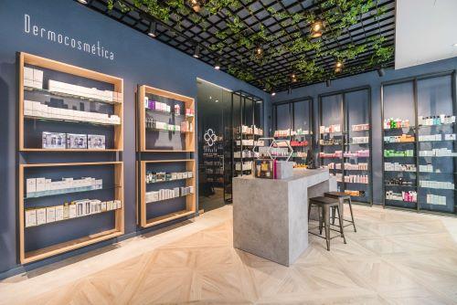 Corner Farmacia Eduardo Senante, Zaragoza - Concep