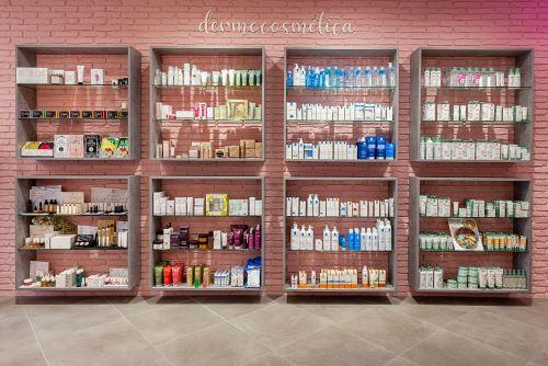 Expositores Farmacia El Espinillo, Madrid – Concep